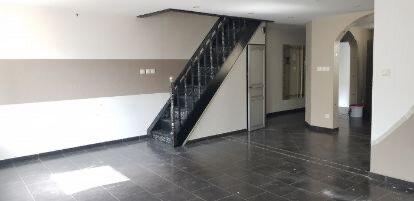 Appartement à louer 5 120m2 à Nancy vignette-2