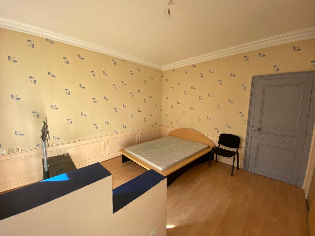 Appartement à louer 2 40m2 à Nancy vignette-3