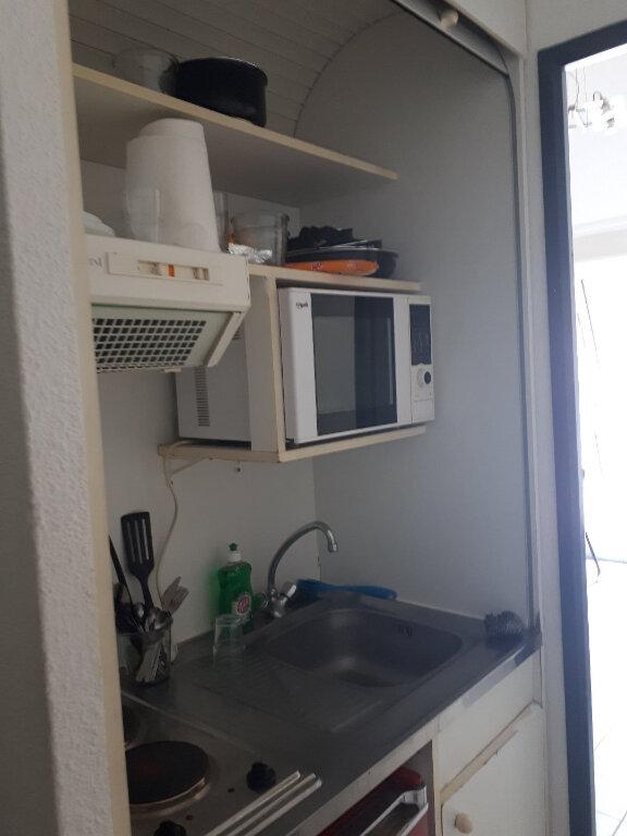 Appartement à louer 2 24m2 à Nancy vignette-2