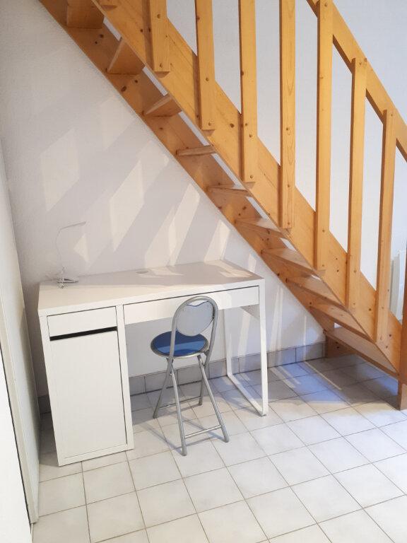 Appartement à louer 2 24m2 à Nancy vignette-4