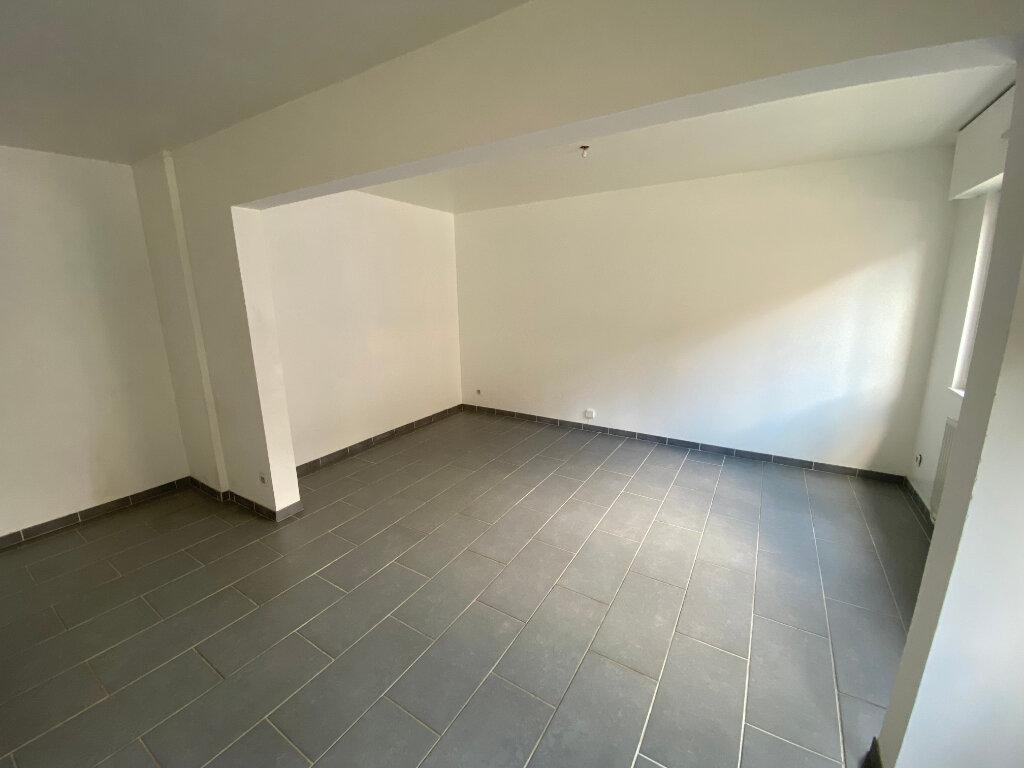 Appartement à louer 4 83m2 à Nancy vignette-2