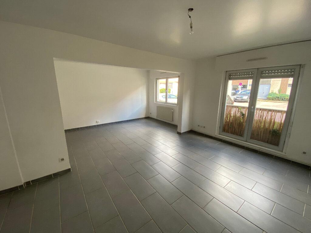 Appartement à louer 4 83m2 à Nancy vignette-3