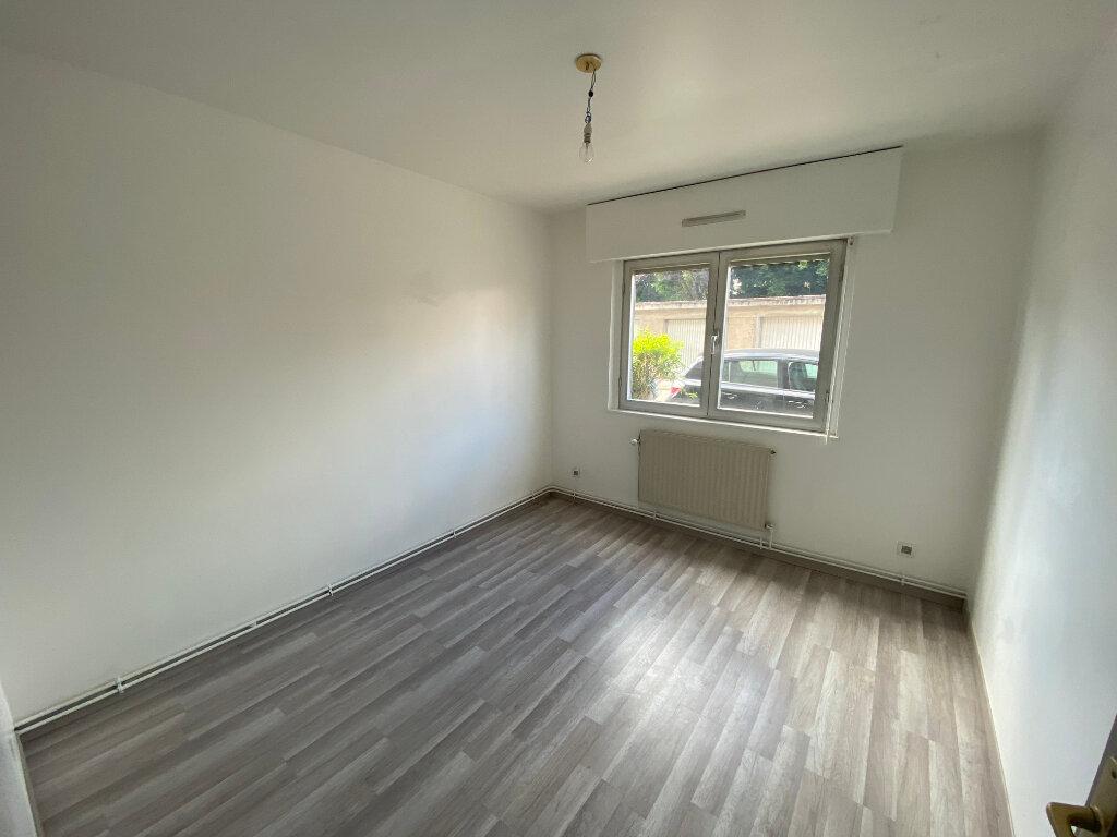 Appartement à louer 4 83m2 à Nancy vignette-4
