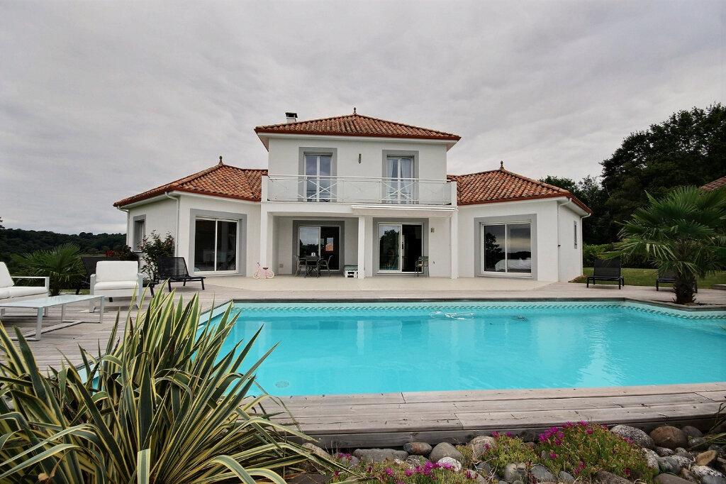 Maison à vendre 5 156m2 à Serres-Castet vignette-9