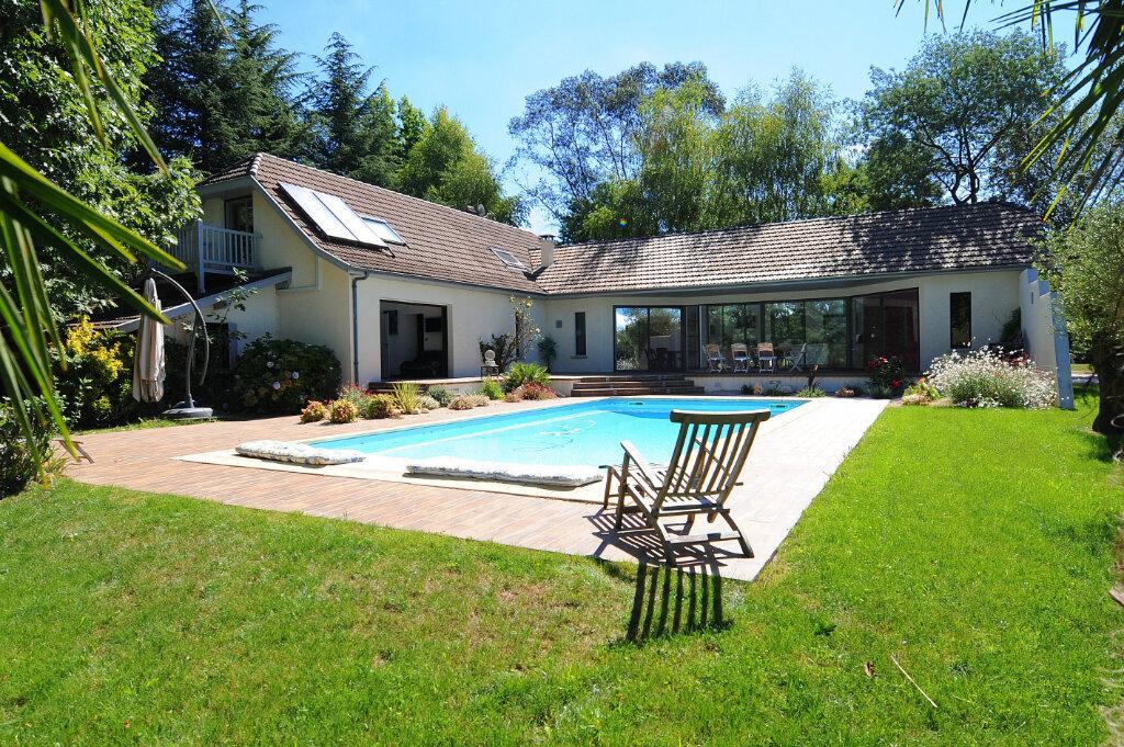 Maison à vendre 9 230m2 à Sauvagnon vignette-1