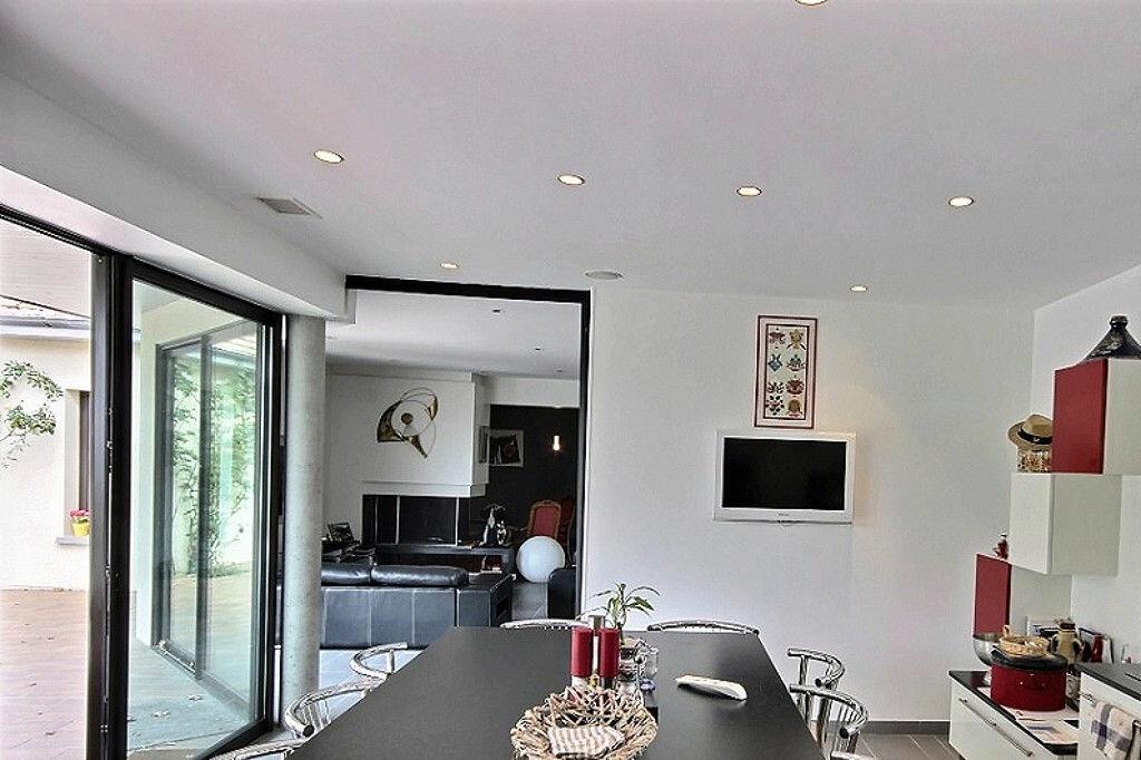 Maison à vendre 9 230m2 à Sauvagnon vignette-6