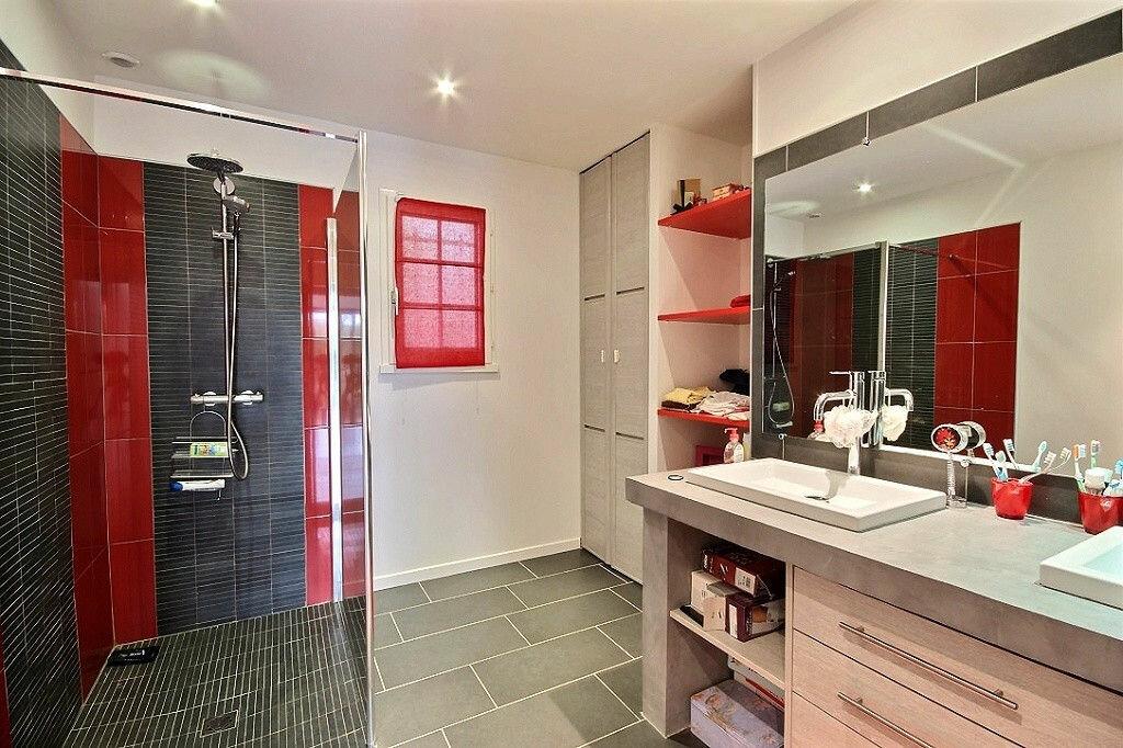 Maison à vendre 9 230m2 à Sauvagnon vignette-9