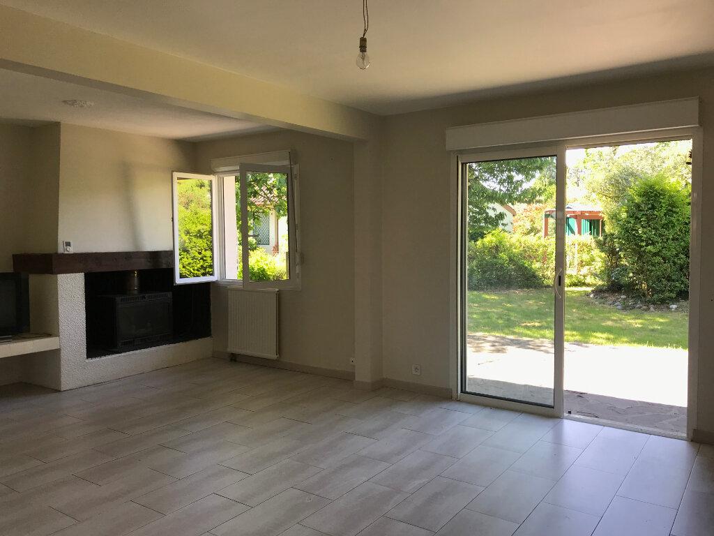 Maison à vendre 5 115m2 à Serres-Castet vignette-3