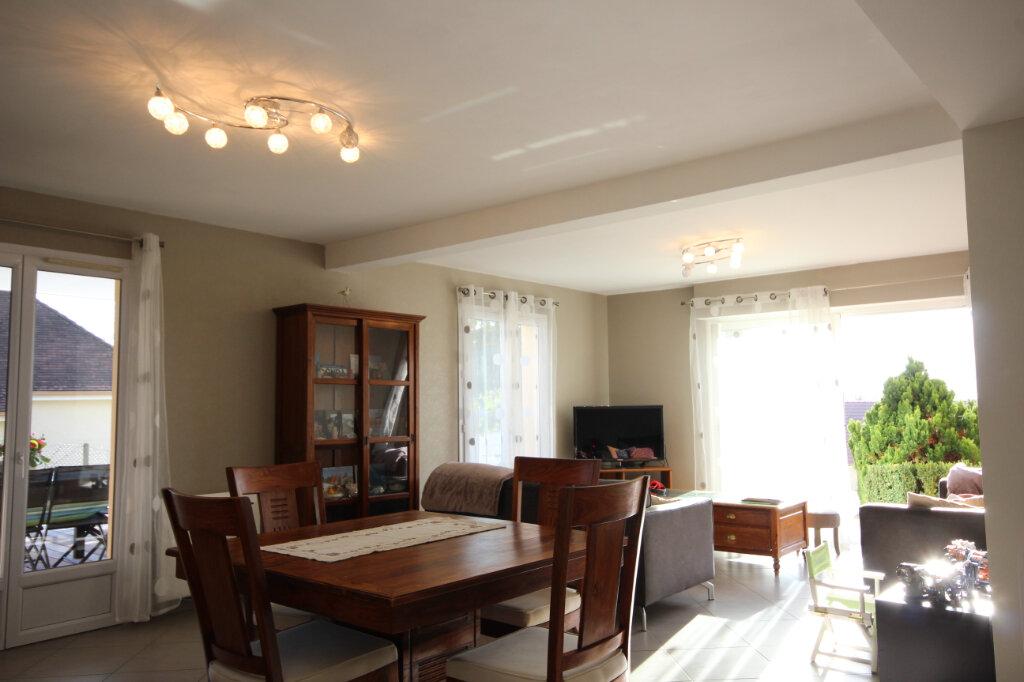 Maison à vendre 7 160m2 à Serres-Castet vignette-4