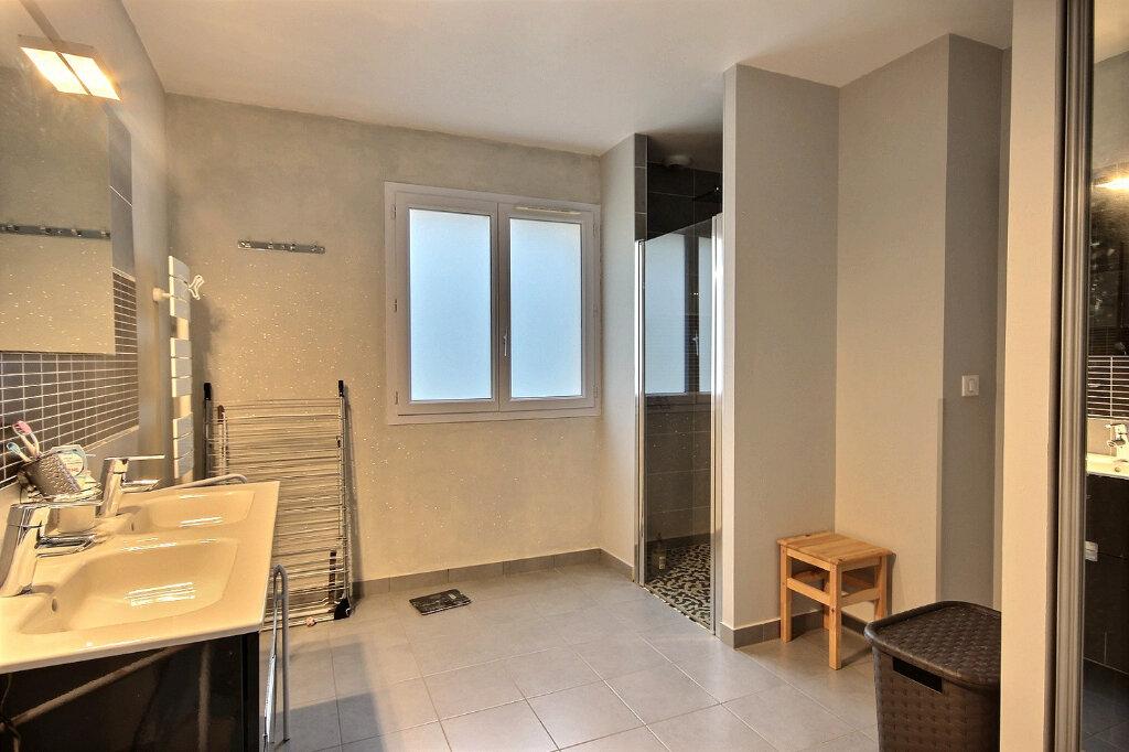 Maison à vendre 7 160m2 à Serres-Castet vignette-7