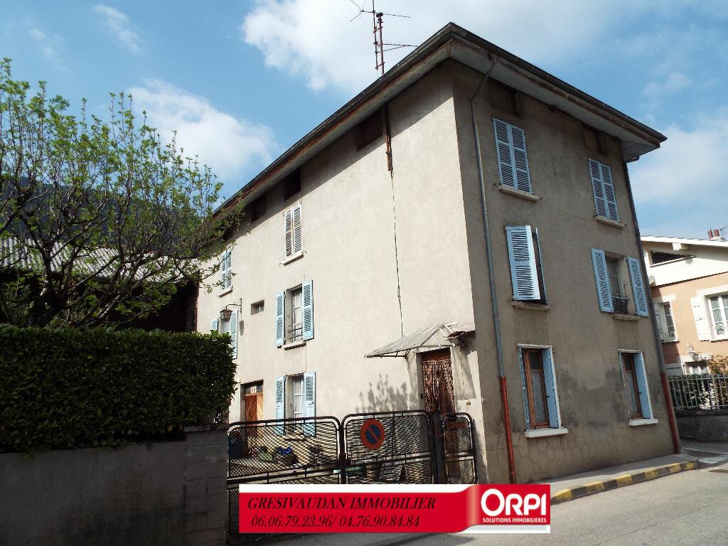Maison à vendre 9 240m2 à Saint-Pierre-d'Allevard vignette-8