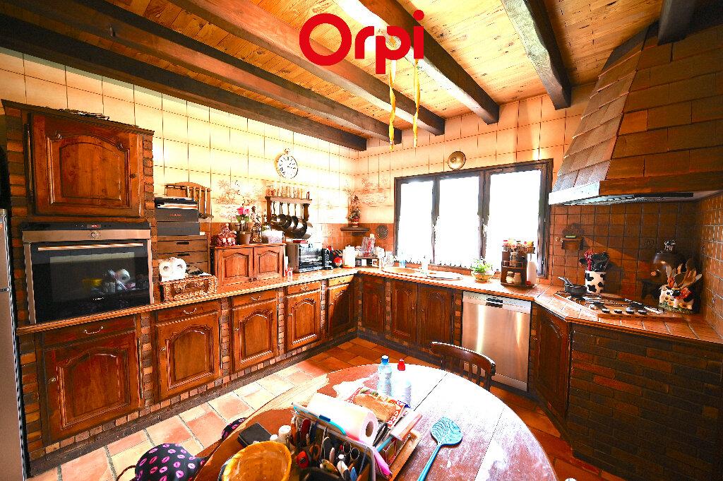 Maison à vendre 6 164.52m2 à Les Adrets vignette-6