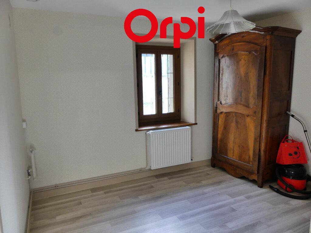 Maison à louer 6 106.91m2 à Saint-Mury-Monteymond vignette-8