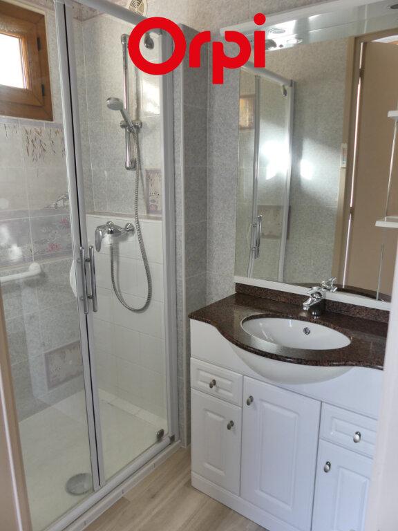 Maison à louer 6 106.91m2 à Saint-Mury-Monteymond vignette-9