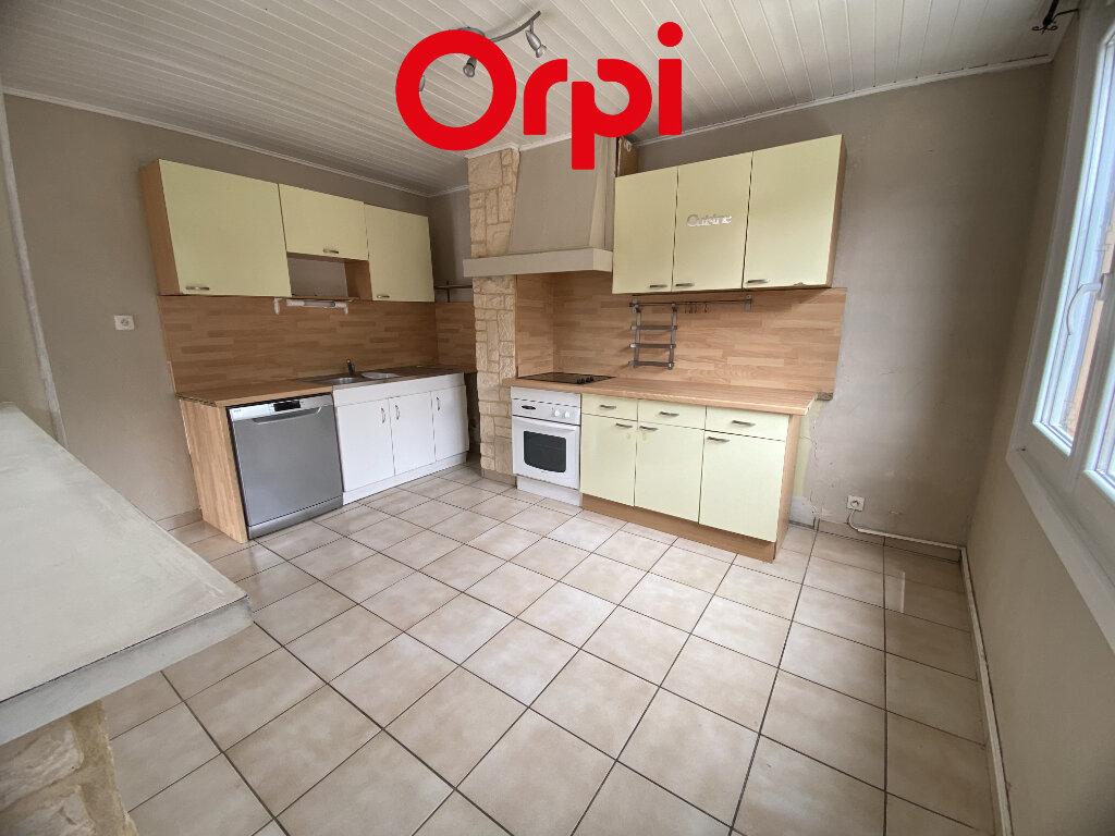 Appartement à louer 4 87.2m2 à Saint-Pierre-d'Allevard vignette-5