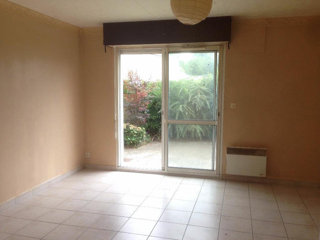 Appartement à vendre 1 32m2 à Tonnay-Charente vignette-3