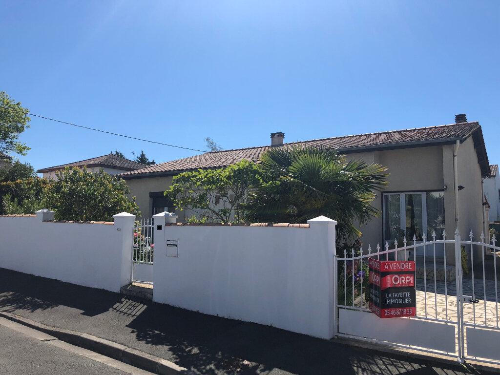 Maison à vendre 4 105m2 à Rochefort vignette-2