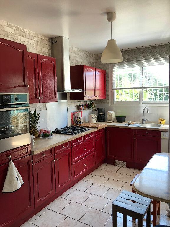 Maison à vendre 4 105m2 à Rochefort vignette-3