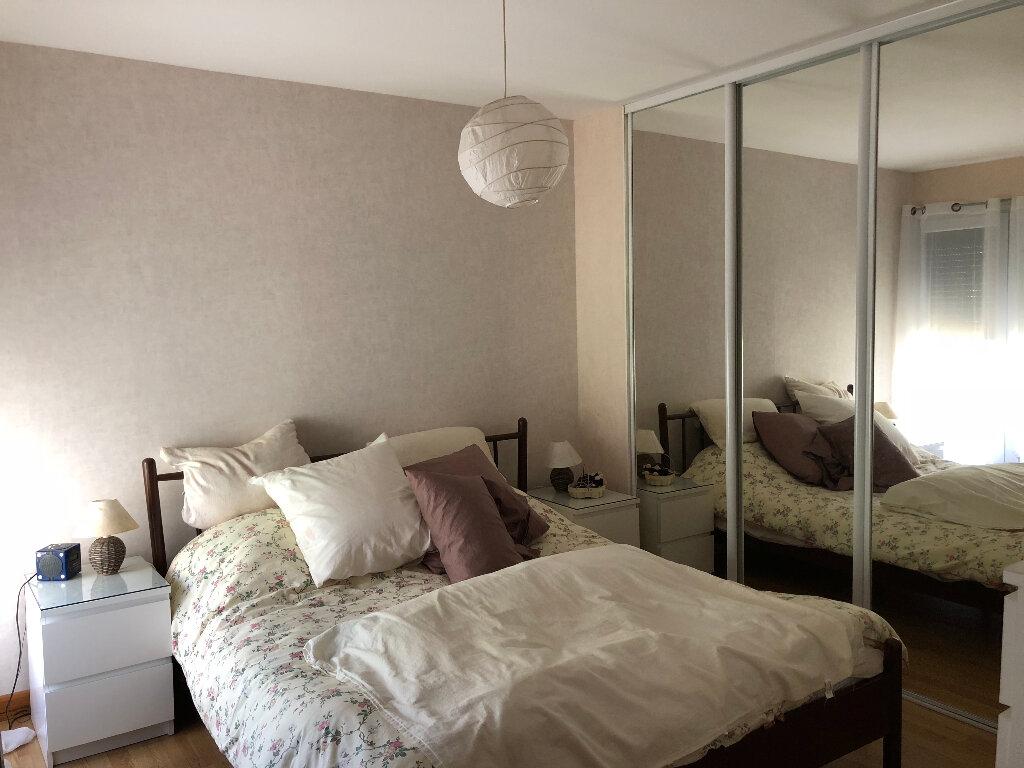 Maison à vendre 4 105m2 à Rochefort vignette-4
