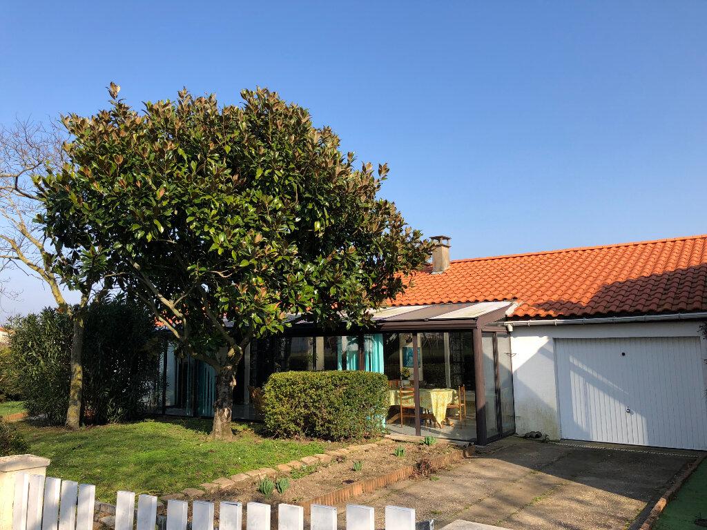 Maison à vendre 5 103.56m2 à Rochefort vignette-3