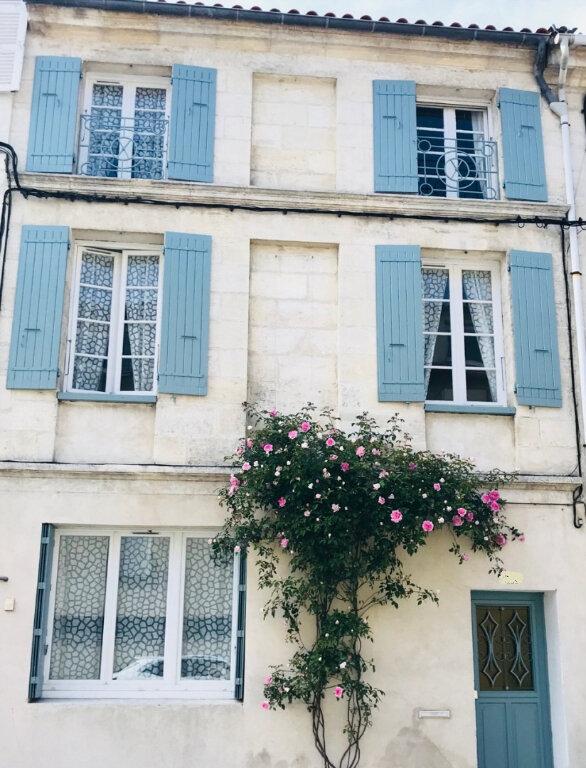 Immeuble à vendre 0 190m2 à Rochefort vignette-2