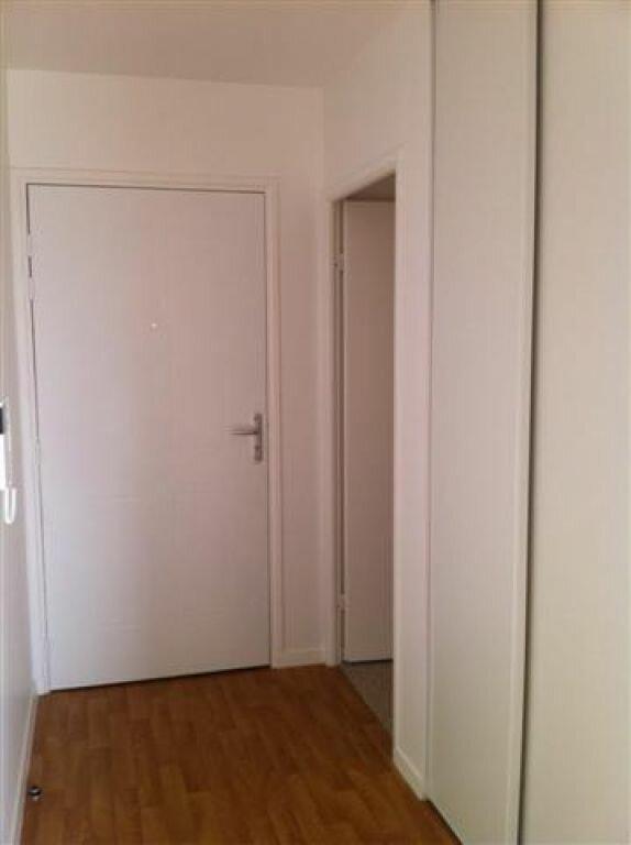 Appartement à louer 1 25.93m2 à Villepinte vignette-5