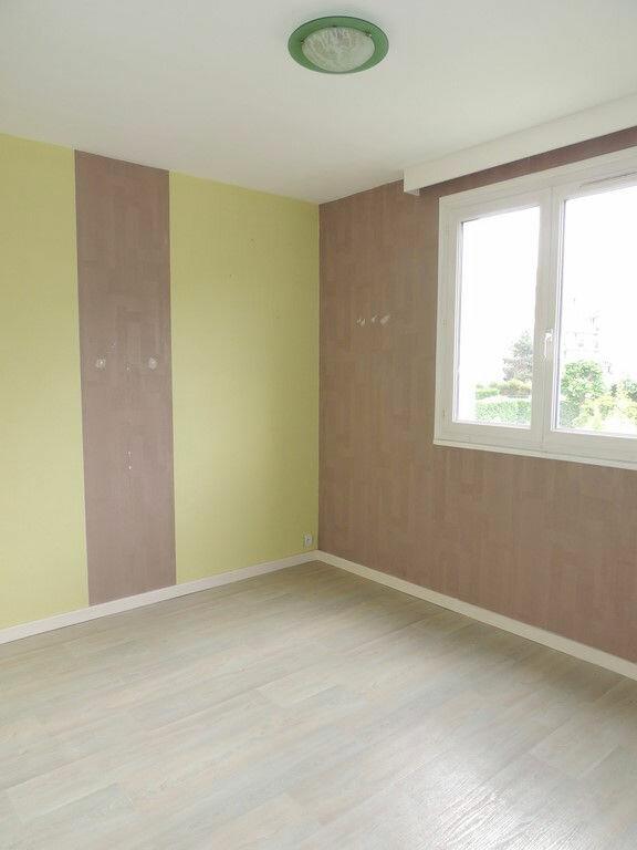 Appartement à louer 3 65m2 à Livry-Gargan vignette-6