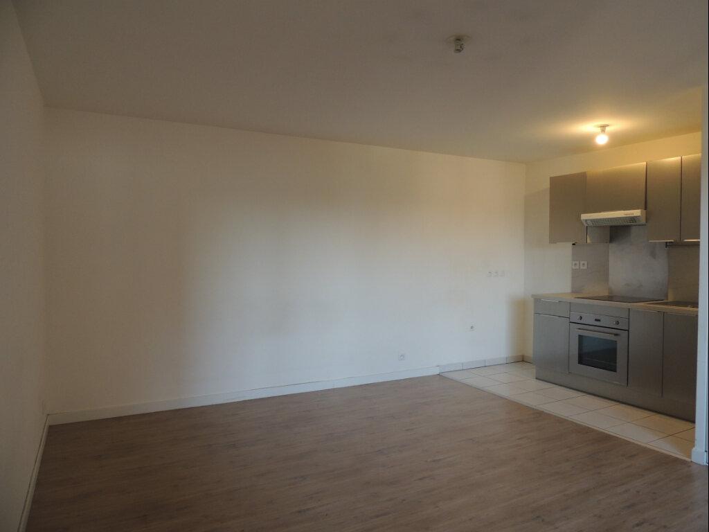 Appartement à louer 2 45.4m2 à Sevran vignette-4