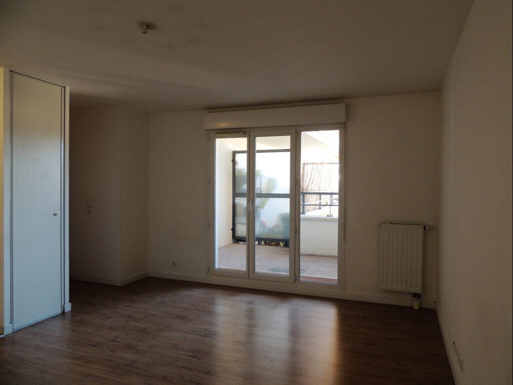 Appartement à louer 2 45.4m2 à Sevran vignette-8