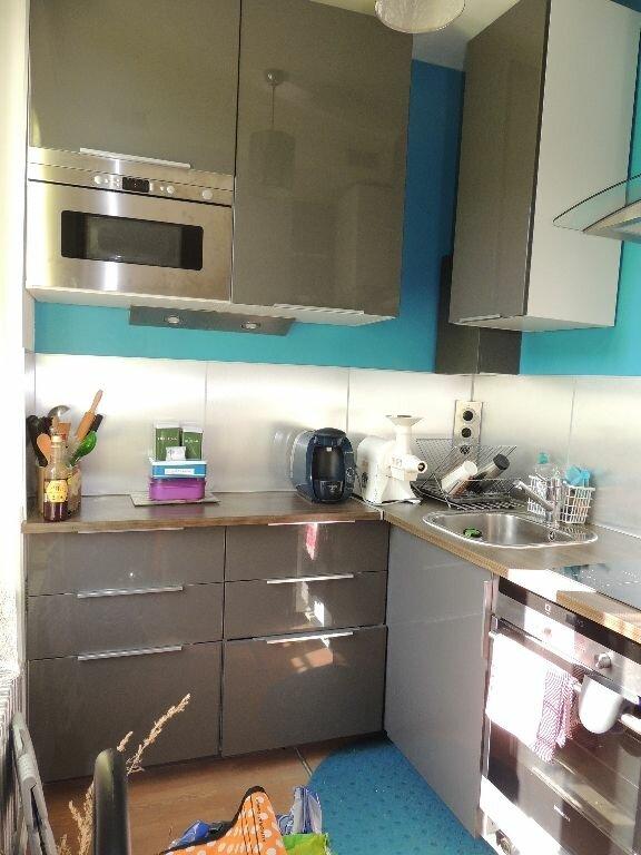 Appartement à louer 2 33.47m2 à Livry-Gargan vignette-4