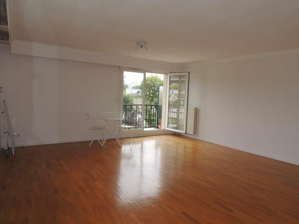 Appartement à louer 3 79.38m2 à Livry-Gargan vignette-3