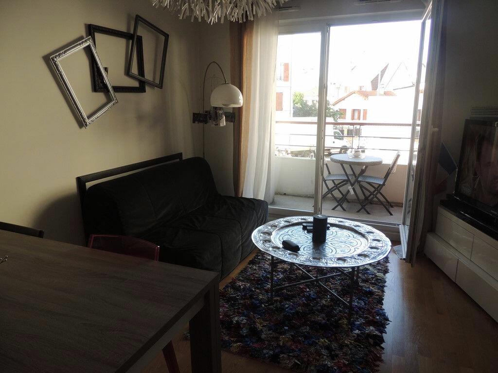 Appartement à louer 2 48.85m2 à Drancy vignette-2
