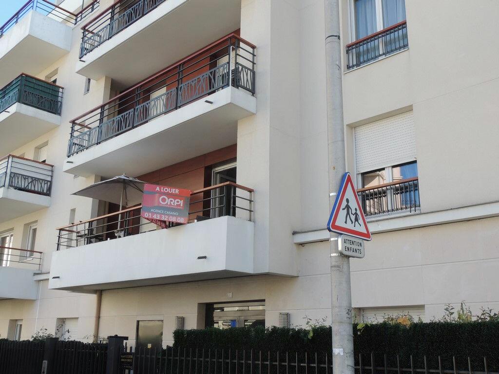Appartement à louer 2 48.85m2 à Drancy vignette-8