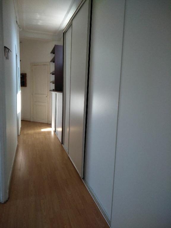 Appartement à louer 3 65m2 à Livry-Gargan vignette-3