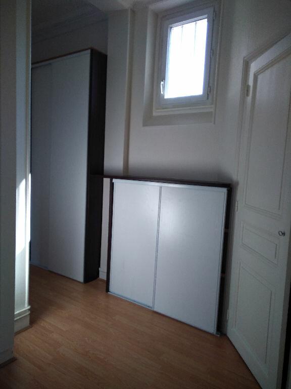 Appartement à louer 3 65m2 à Livry-Gargan vignette-9