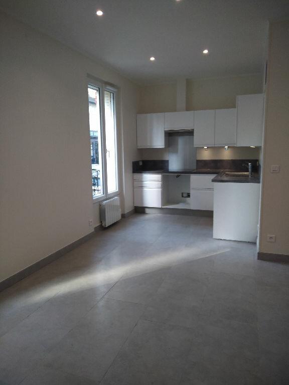 Appartement à louer 1 27m2 à Villemomble vignette-3