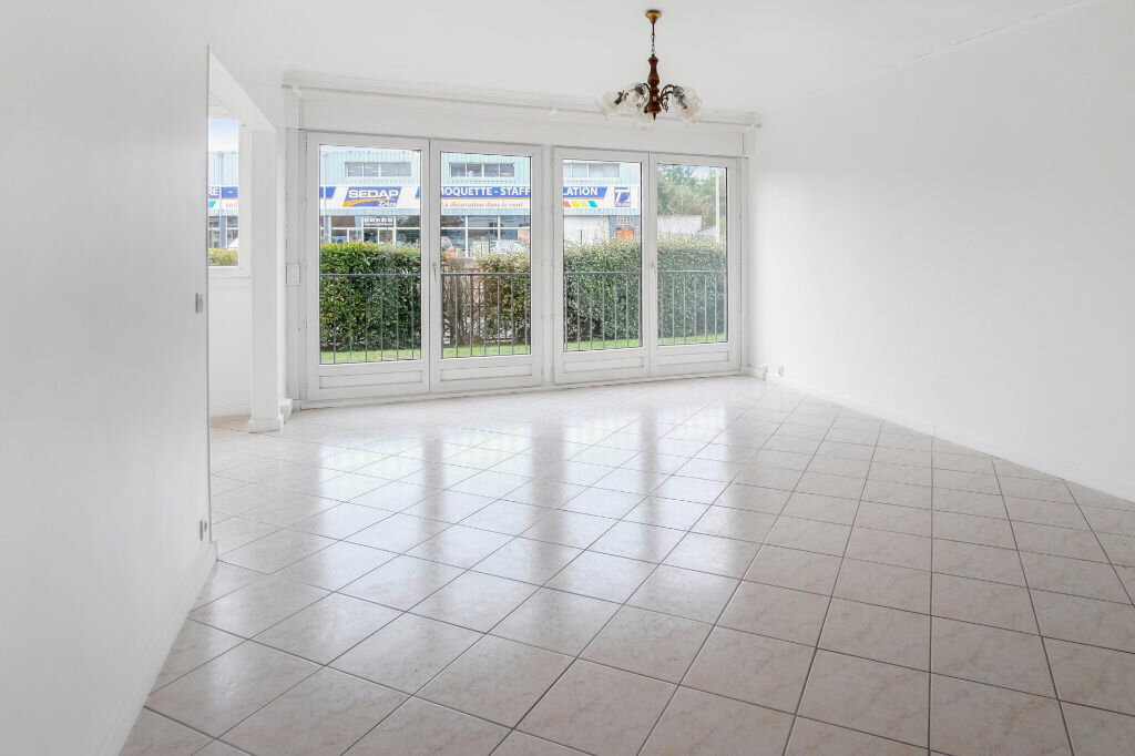 Appartement à vendre 4 76m2 à Livry-Gargan vignette-2