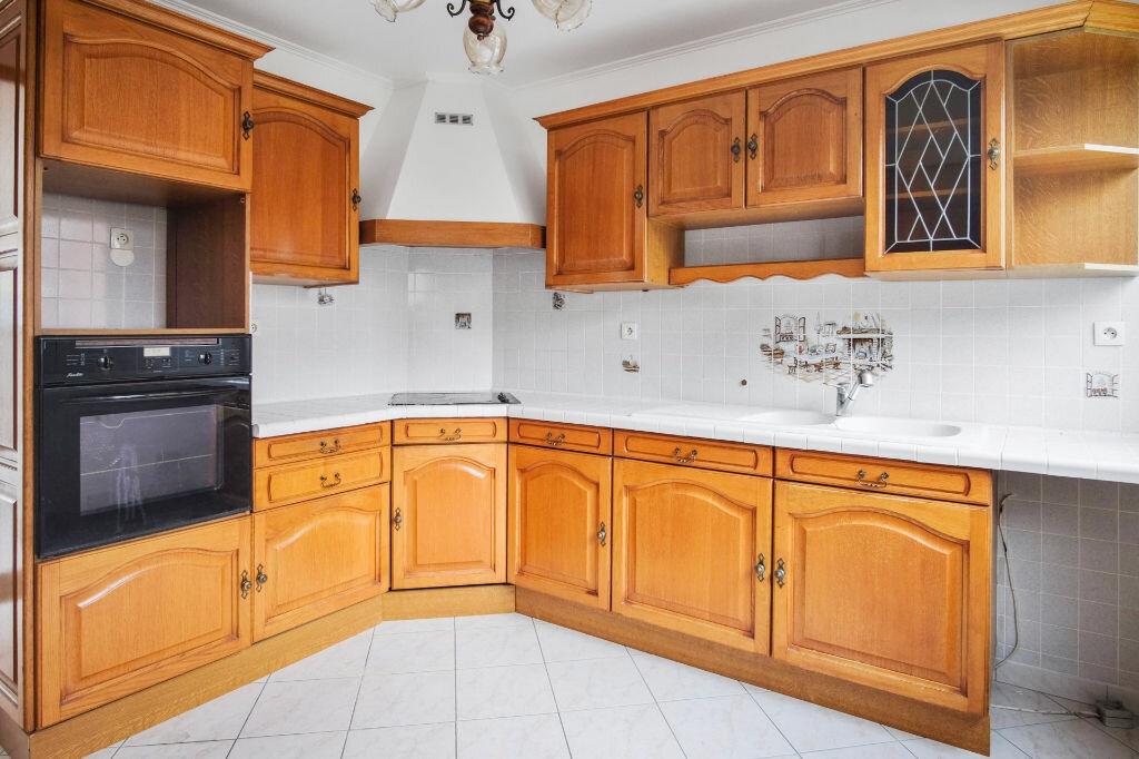 Appartement à vendre 4 76m2 à Livry-Gargan vignette-6