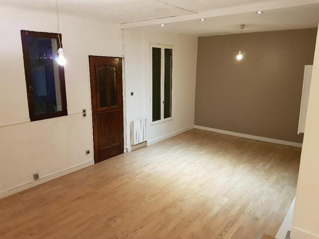 Maison à louer 3 75.32m2 à Livry-Gargan vignette-2