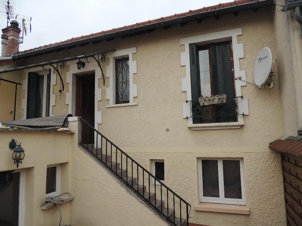 Maison à louer 3 75.32m2 à Livry-Gargan vignette-13