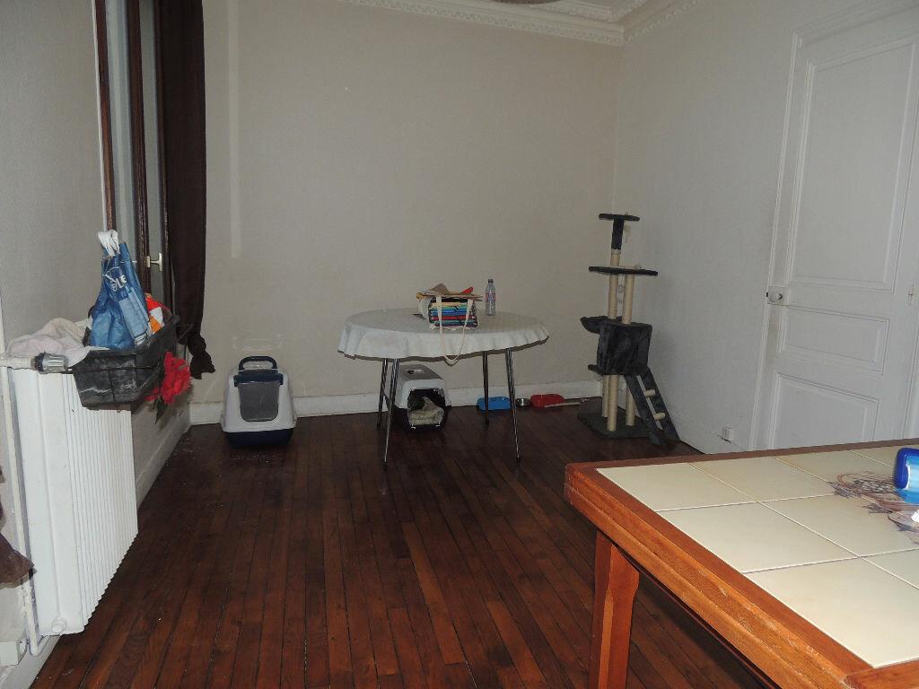 Appartement à louer 2 41m2 à Livry-Gargan vignette-2