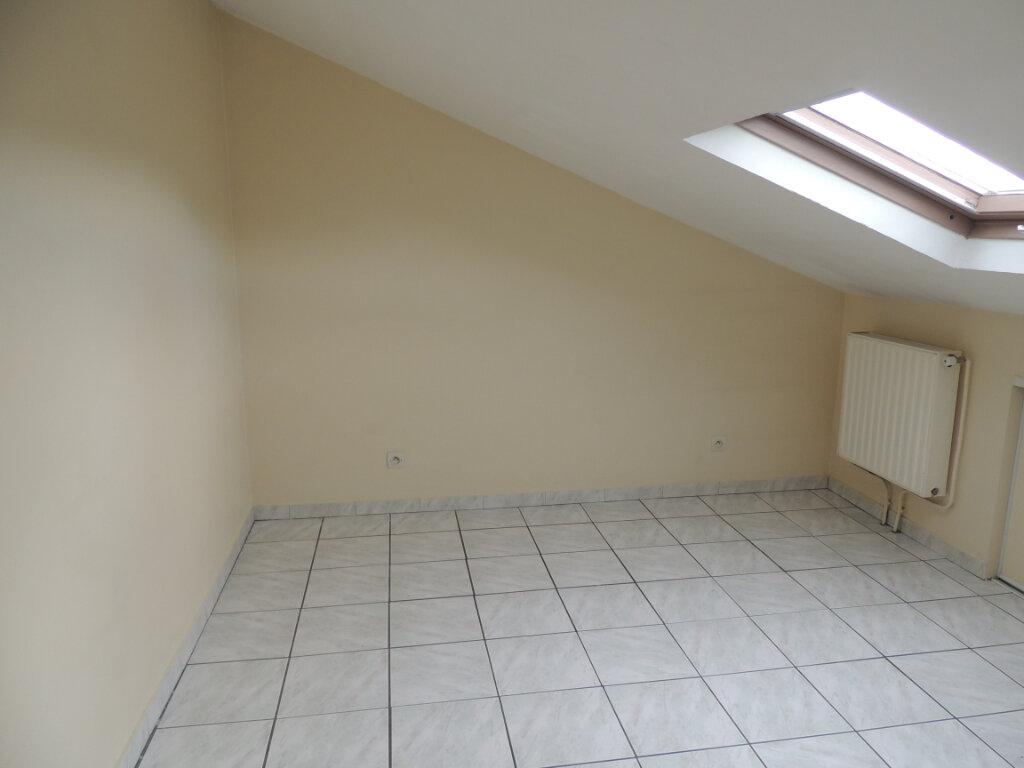 Appartement à louer 3 21.4m2 à Livry-Gargan vignette-7