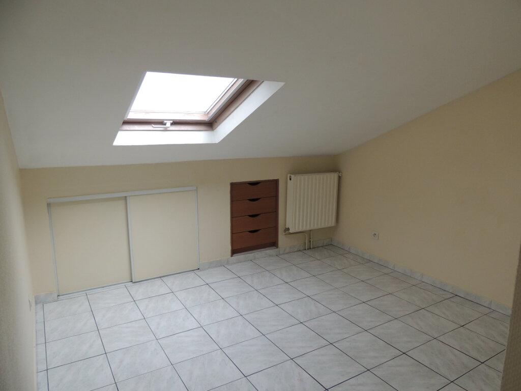 Appartement à louer 3 21.4m2 à Livry-Gargan vignette-8