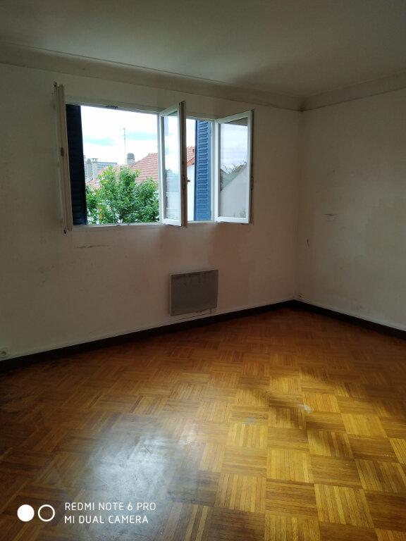Appartement à louer 2 35.35m2 à Livry-Gargan vignette-4