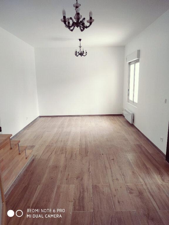 Maison à louer 4 90m2 à Villepinte vignette-3