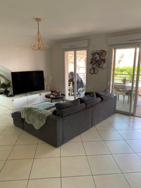 Appartement à louer 4 100m2 à Neydens vignette-3