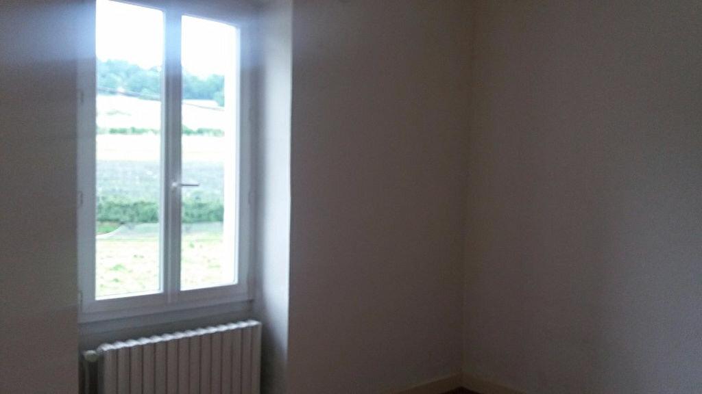Appartement à louer 3 65m2 à Cruseilles vignette-10