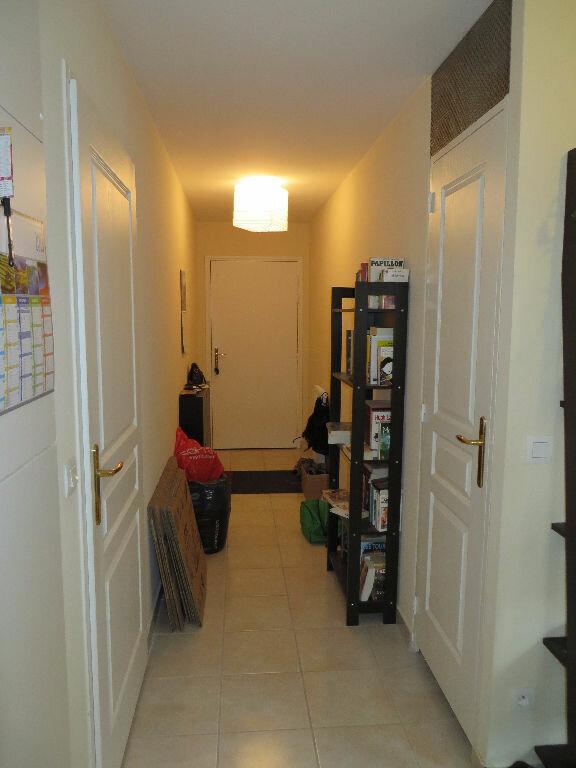 Appartement à louer 2 49m2 à Cruseilles vignette-3