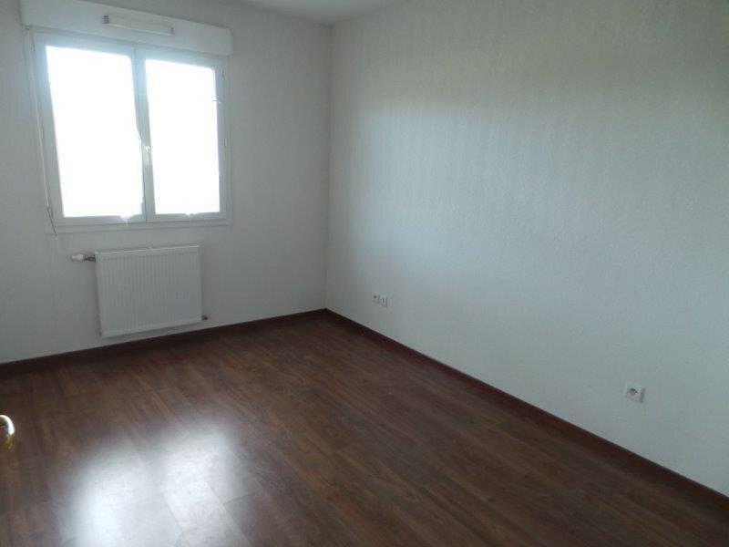 Appartement à louer 4 81.4m2 à Allonzier-la-Caille vignette-4