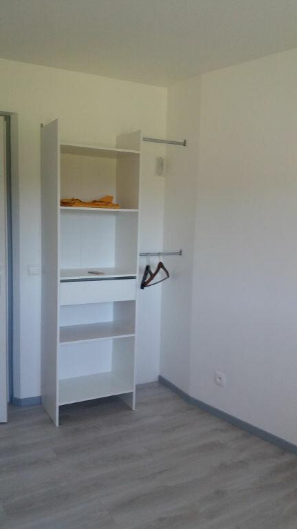 Appartement à louer 2 40m2 à Cuvat vignette-6